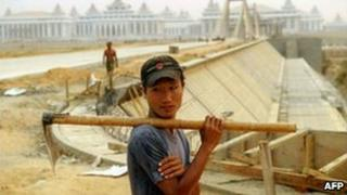 A labourer at a building site in Naypyidaw (image from 2010)