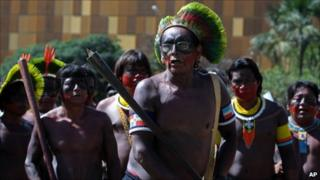 Kaiapo Indians dance in front of the National Congress