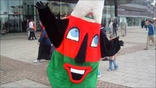 Mistar Urdd, the Urdd's mascot