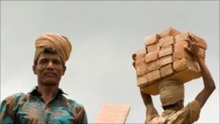 Bangladeshi migrant workers (file picture)
