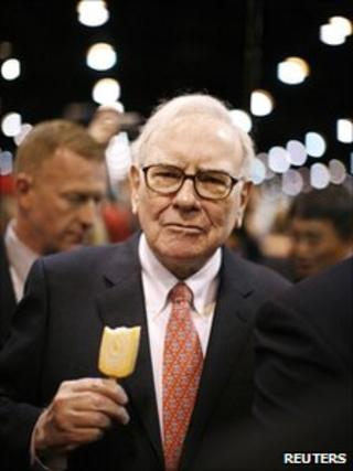 Warren Buffett at the Berkshire Hathaway annual shareholders' meeting in Omaha, Nebraska, in May 2009