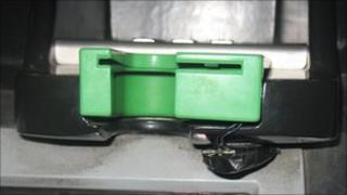 Card skimming device