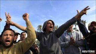Libyan youths chant anti-Gaddafi slogans in the Tajoura neighbourhood of Tripoli 28 February, 2011