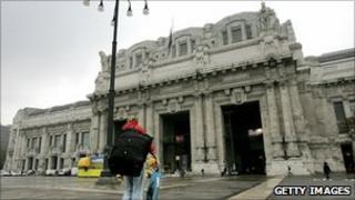 Milan Stazione Centrale facade