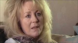 MS patient Karen Lewis