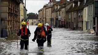 Picture of Witney, Oxfordshire, during the 2007 floods sent in by Dave Lansley
