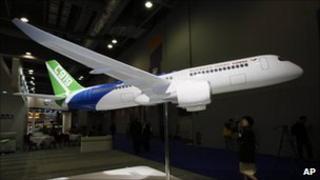 Model of C919 aircraft