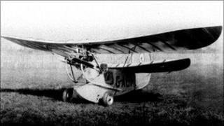 Harry Dolman in his Flying Flea