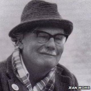 Hamish Henderson. Pic: Jean Mohr