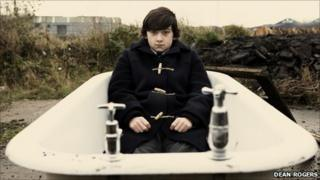 A scene from Submarine featuring Craig Roberts as Oliver