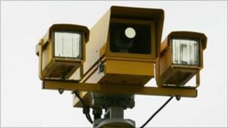 Specs average speed check camera
