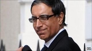 Dr Surinder Hundle