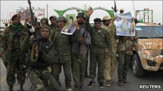 Pro-Gaddafi forces west of Ajdabiya, 16 March