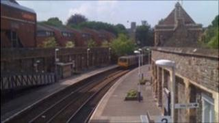 Train on Severn Beach line