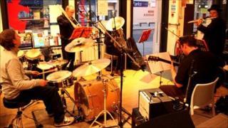 Charlotte Glasson band