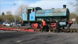 Leatherhead Locomotive being moved