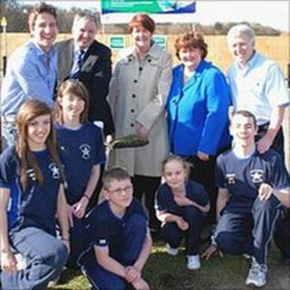 Chris Cook, council officials and young members of South Tyneside Swimming Club