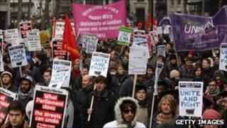 Anti-cuts demonstration in London (29 Jan 2011)