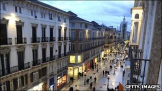 Spanish shoppers