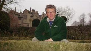 Chris Crowder, gardener at Levens Hall