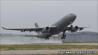 Tanker aircraft