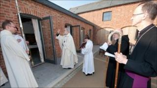 Dr WIiliams dedicates the church at Mucknell