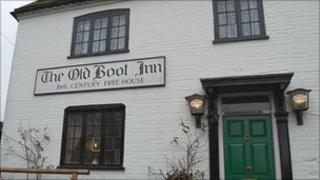 Kate Middleton tour: The Old Boot Inn