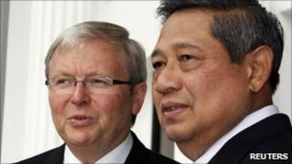 Australian Foreign Minister Kevin Rudd meets Indonesian President Susilo Bambang Yudhoyono in Jakarta on 29 March 2011.
