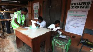 Voters are registered in Ibadan, Nigeria, 9 April