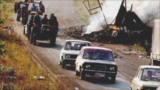 Serbs flee Croatia's Krajina region, 2005