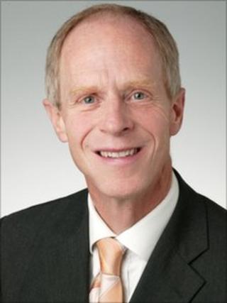 Dr Howard Stoate