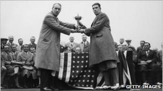 Samuel Ryder (left) presenting the Ryder Cup in 1929