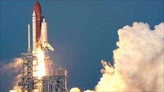 CAPE CANAVERAL, FL - AUGUST 08: Space Shuttle Endeavour lifts off from launch pad 39-A at the Kennedy Space Center August 8, 2007 in Cape Canaveral, Florida. (Photo: Win McNamee/Getty Images)
