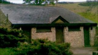 Cleeve Hill public toilet building