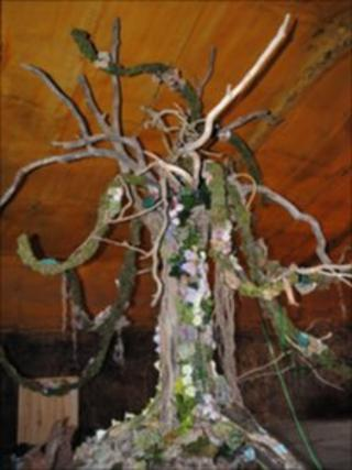 The fantasy tree is made with driftwood