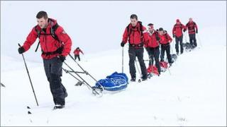 Steve Young (in front) on the North Pole trek