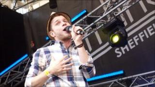 Olly Murs playing at the Tramlines festival in 2010