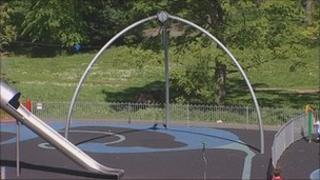 Swing at Denes park