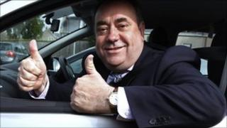 Alex Salmond on the campaign trail
