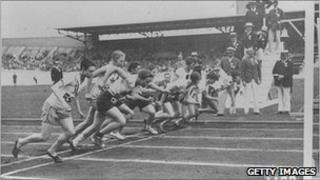 Start of the women's 800m race at the 1928 Olympics