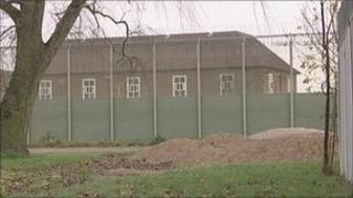 lindholme immigration centre