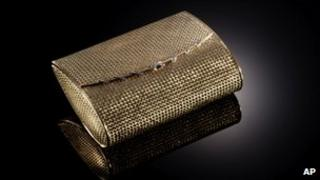A handbag made in 1950-1960 stolen from the Palace Museum