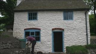 Restored miners cottage at Blakemoregate
