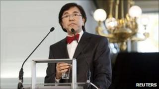New Belgian political broker Elio Di Rupo speaks in Brussels, 17 May