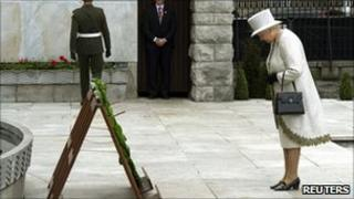 Queen at the Garden of Remembrance, Dublin