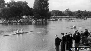 Richard Burnell and Bertram Bushnell winning the Olympic double sculls at Henley on Thames in 1948.