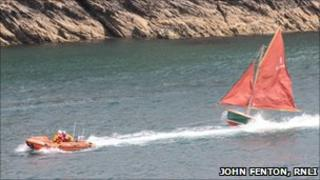 Day boat towed back to Dartmouth. Pic: RNLI