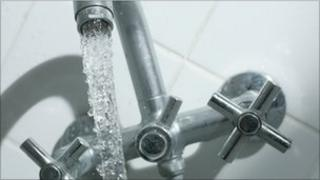 A tap with running water