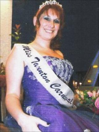 Miss Taunton 2010 Lizzy Grigg