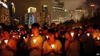 Hong Kong vigil marking anniversary of Tiananmen massacre - 4 June 2011